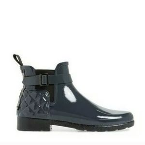 Hunter gray gloss quilted chelsea boots 6